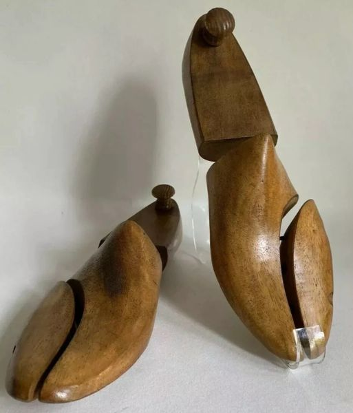 Ray Ford Ltd Kettering A Pair of Vintage Men's Jointed Front Split Wooden Shoe Trees Size UK 7 EU 41M Approximately