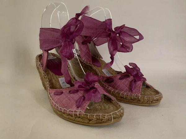 Toni Pons Lilac Slingback Wedge Heel Bow Front Sandal Espadrilles Size UK 4 EU 37.