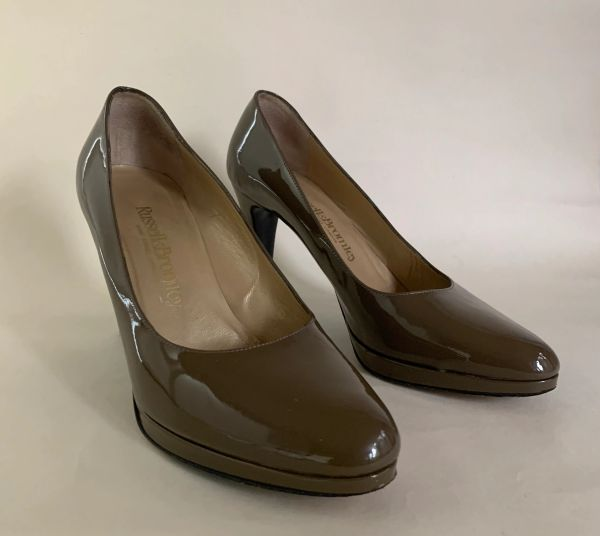 Russell & Bronley Taupe Patent Leather Platform Court Shoes Size UK 5.5 EU 38.5.