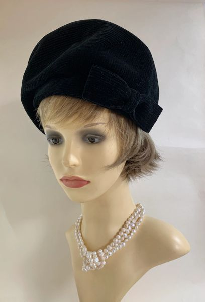 Vintage 1960s Black Corduroy Angular Beret With Hat Large Side Bow Fully Lined