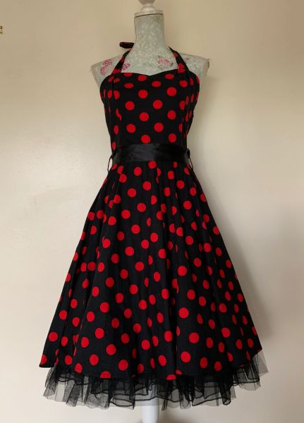 Hearts & Roses Black Red Spotted Rockabilly 1950s Vintage Inspired Halterneck Dress Size 14 small fit.