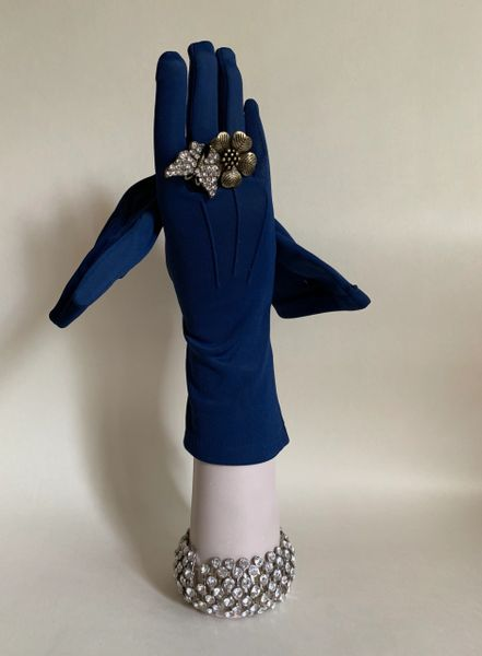 Vintage 1960s Dark Blue Nylon Stretch Fabric Gloves With Cotton Warm Backing Size 6.5