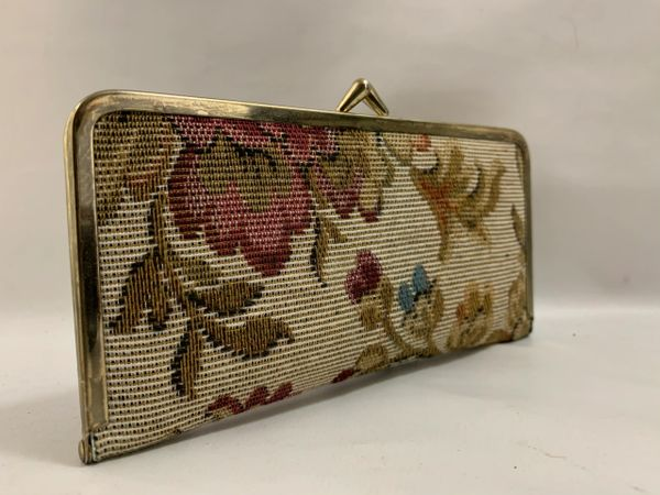 Vintage 1960s 9 Piece Manicure Travel Set In A Tapestry Kiss Clasp Case.