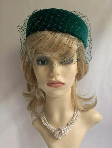 Kangol Vintage 1960s Green Cotton Velvet Pillbox Net Veil And Bow Fully Lined.