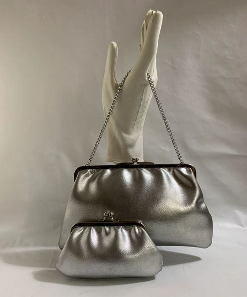 Silver Faux Leather 1960s Vintage Handbag Fabric Lining Along With Matching Coin Purse.