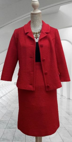 Mary Harnes Vintage 1960s Red Textured Wool Blend Skirt Suit Size UK Size 12.