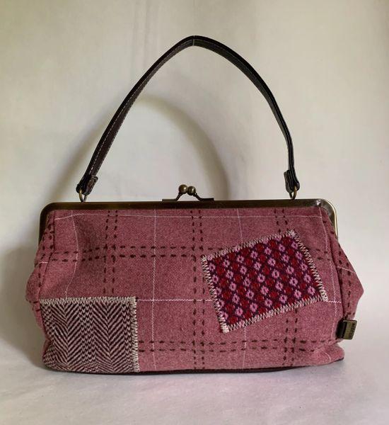 Lollipops Vintage Inspired Dusky Pink 100% Wool Top Handle Handbag . A