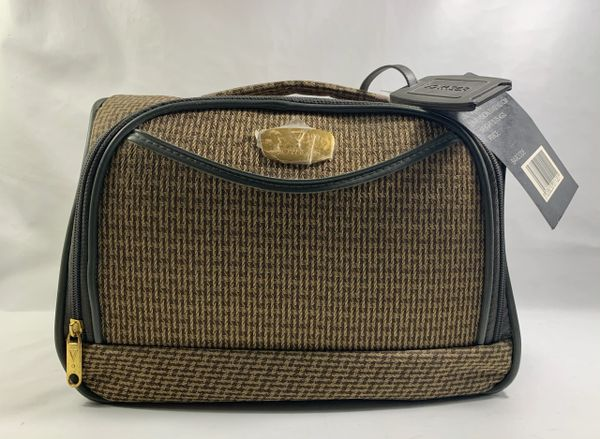 VOYAGER Beige Checked Fabric Weekend Travel Vanity Case Hold-all With Address Tab And Keys