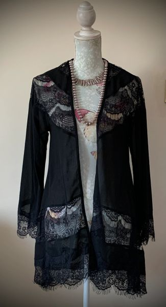 Max C Black Sheer Polyester And Lace Long Evening Cardigan Throw On Size S/M. Size 10/12 equivalent.