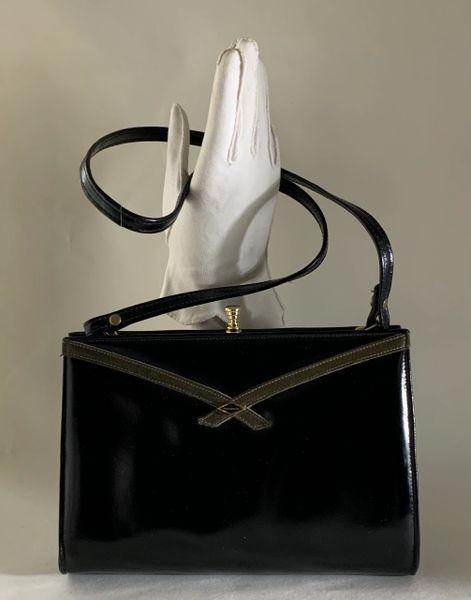 Black Leather 1970s Vintage Handbag Shoulder Bag With Faux Suede Lining Elbief Frame