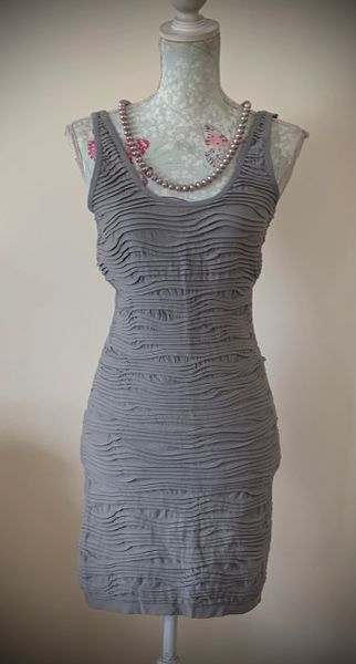 Grey Ruched Fabric Stretch Sleeveless Bodycon Fitted Knee Length Dress Size 12