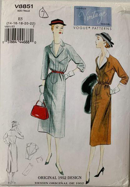 Vogue Vintage Model 1952 Design Sewing Pattern V8851 Dress Uncut Size 14 - 22