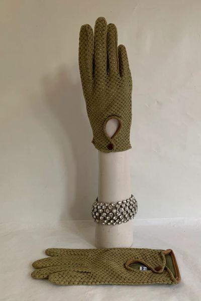 Stag Range 1950s Vintage Soft Tan Faux Leather PVC & Khaki Cotton Fabric Back Driving Gloves Size 7 Large