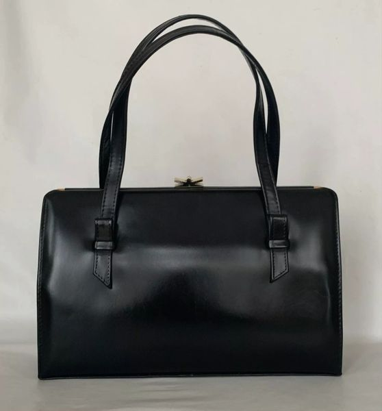 ACKERY Black Leather 1950s Vintage Handbag Buff Suede Lining With Elbief Frame.