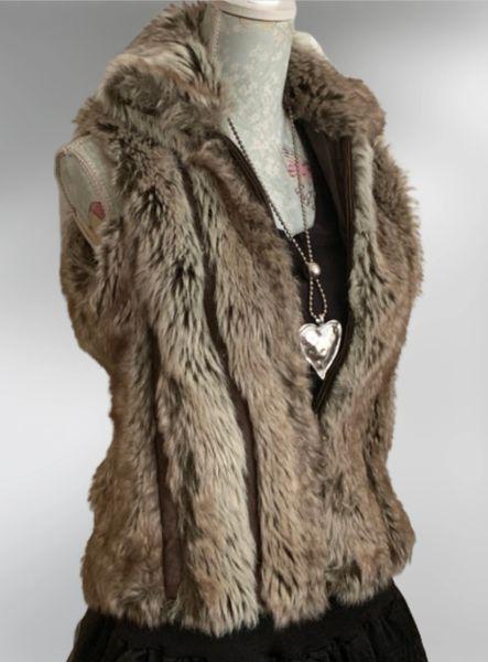 Miss Posh Faux Fur Zip Front Gillet Waistcoat Transitional Wear Lined Size 10