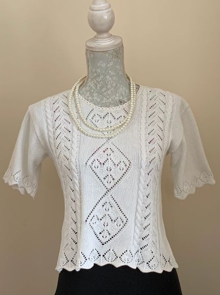 Vintage 1960s White Cotton Short Sleeve Knitted Cropped Sweater Size 10