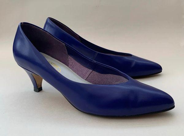 LEATHER CREATION 1980s Vintage Purplish Blue Leather Almond Toe Court Shoe UK 4