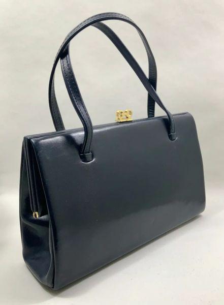 HAMILTON Handbags Vintage 1950s Well Loved Dark Blue Leather Handbag With Buff Suede Lining