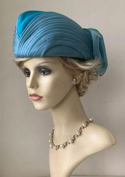 Grants Of Croydon - Modelled by Mitzi Lorenz Vintage 1960s Light Blue Chiffon Pleated Turban Hat Box & Bag.