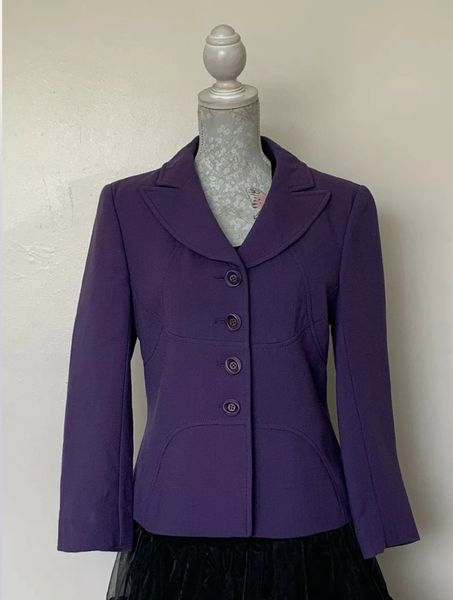 Hobbs Dark Lilac Wool Single Breasted Jacket With Viscose Lining UK Size 12.