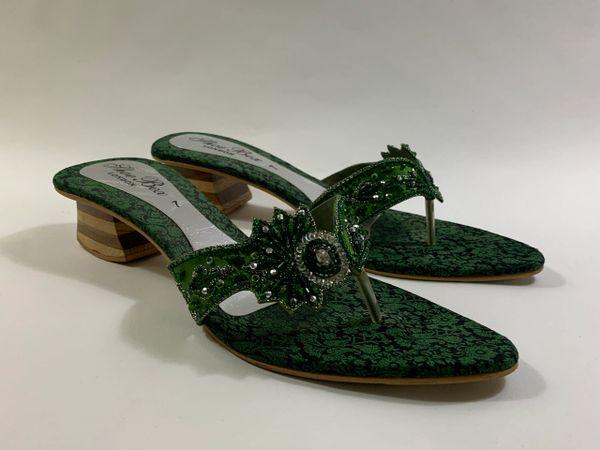 Shoe Box Green Brocade Beaded Almond Toe Heeled Toe Post Sandals Size UK 7 EU 40