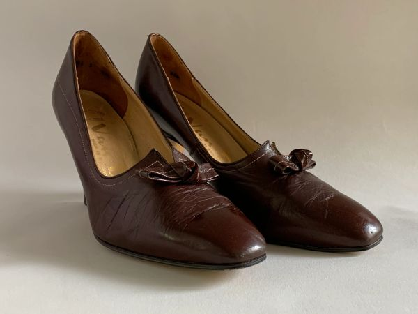 Van Dal Vintage 1970s Brown Leather Bow And Split Front Court Shoe Size Uk 4.5