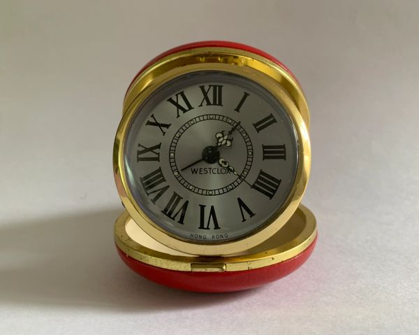 Westclox Vintage 1960s Mechanical Red Faux Leather Case Travel Alarm Clock Working.