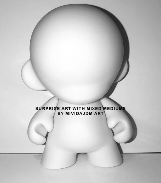 Mini Munny Doll Art *Surprise Art* Limited time
