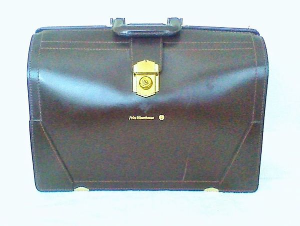 Rare - Vintage Price Waterhouse Dark Brown Leather Briefcase