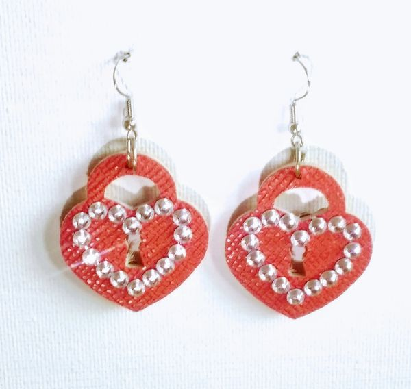 "1 ½"" Bling Die-Cut Heart Lock Leather Earrings - Textured Red"