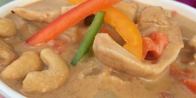 Massaman Curry by Suzy Thai Food Truck