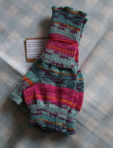 Armwarmers Pink and Turquoise