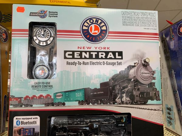 Lionel Lionchief NYC Flyer O-Guage Train Set