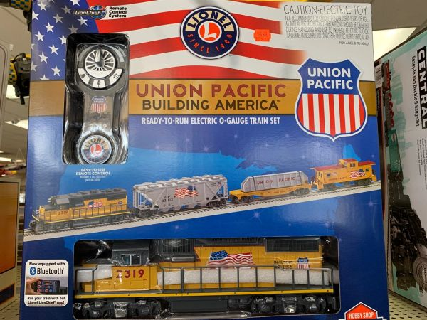 Lionel Union Pacific America Proud O-Guage Train Set