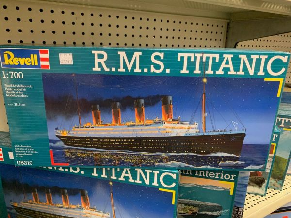 Revell RMS Titanic 1/700