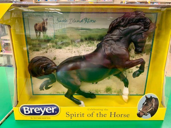 Breyer Sable Island Horse (BRY1823)