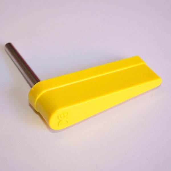 515-5133-02 Data East Yellow Flipper Bat with DE Logo