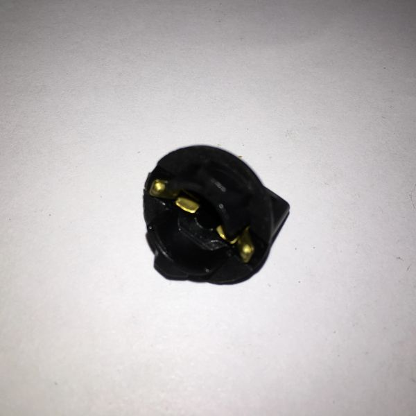 24-8803 Lamp Socket Large for #906 Twist In