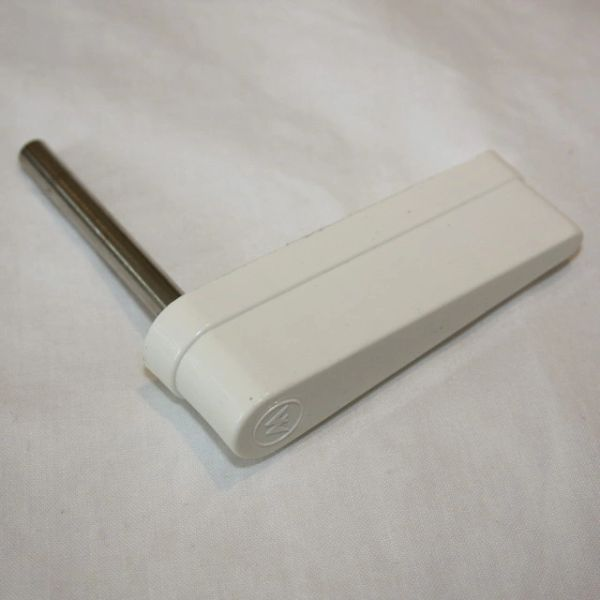 20-10110-5 Flipper Bat - White with Williams Logo