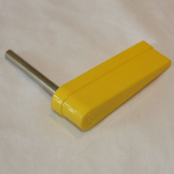 20-10110-6 Flipper Bat - Yellow with Williams Logo