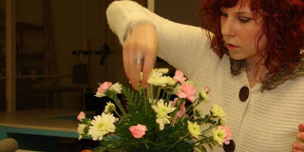 Flowers by Anna classes and workshops, professional training and hands-on classes