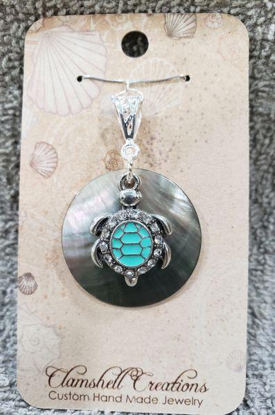 Aboloni pendant with Sea turtle