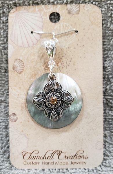 Aboloni pendant with charm