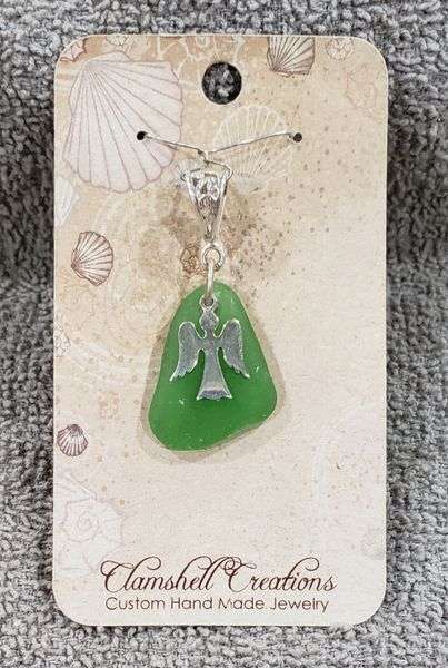 Kelly Green Seaglass Pendant
