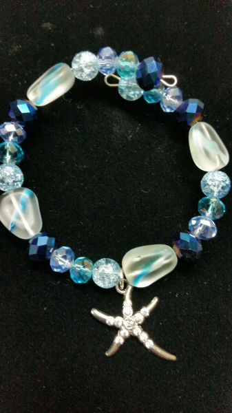 Blue Beaded bracelet with starfish