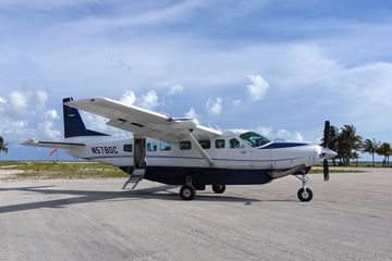 Charter flight single seats to Abaco, Bahamas. Marsh Harbour, Cessna Caravan. JetsetPrivate Air.