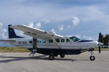 Single Seats to Cat Cay, Bahamas. Charter flights to Cat Cay with JetsetPrivate Air. Cessna Caravan.