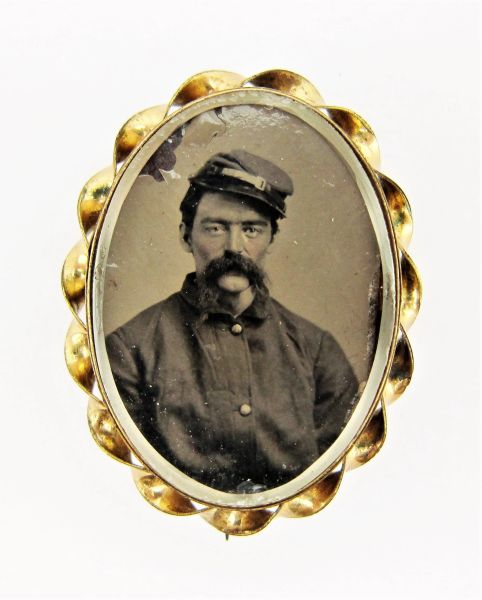Keepsake Locket with Soldier