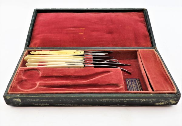Horatio Kern Minor Surgical Kit / Sold