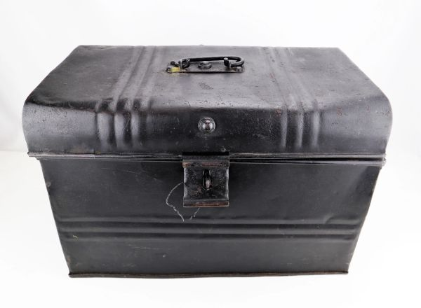 Civil War Trunk